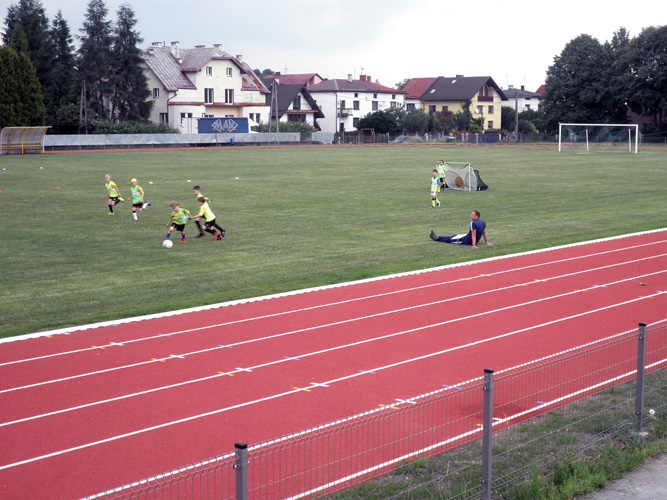 wegierska-gorka-boisko-sportowe-1