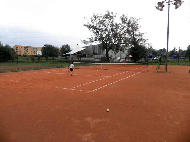 wegierska-gorka-korty-tenisowe-3